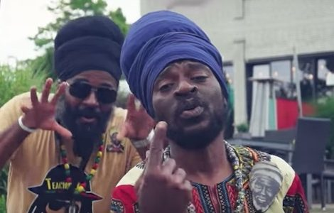 Perfect Giddimani feat. Teacha Dee – Positive Energy [Music Video]